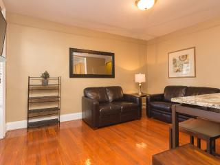 Sleeps 5! 2 Bed/1 Bath Apartment, Midtown East, Awesome! (8490), Sunnyside