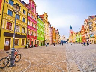 The Colourful and Vibrant Market Square