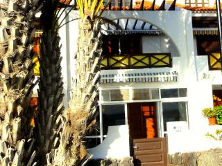 HOT Price!! SEAFRONT BEACH VILLA - OCEAN VIEW Wifi