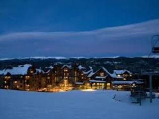 Ski In-Ski Out  X-Mas Dec 23rd-Dec 30th Grand Lodge on Peak 7 Breckenridge, Co.