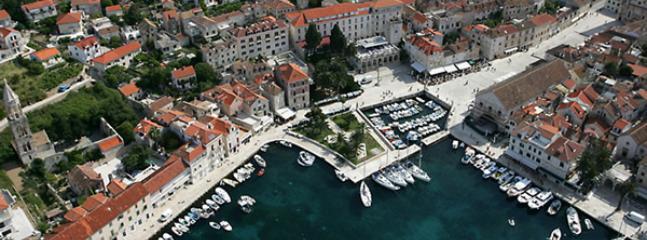Luxus Ferienhaus in der Stadt HVAR
