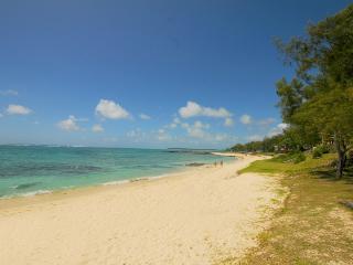Villa Palmar plage beachfront