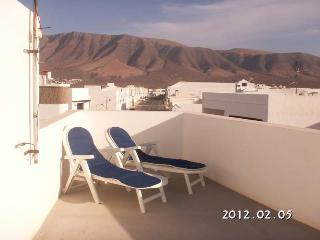 APARTMENT ORIXA IN FAMARA FOR 4P, Famara