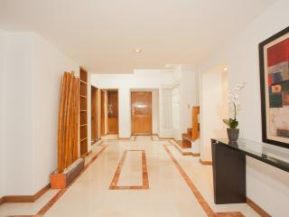 Bright 3 Bedroom Duplex in La Cabrera, Bogota