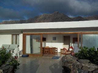 BUNGALOW ILUVLIN IN FAMARA FOR 6P