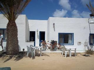APARTMENT BELLIUM IN LA GRACIOSA FOR 2 P, Caleta de Sebo