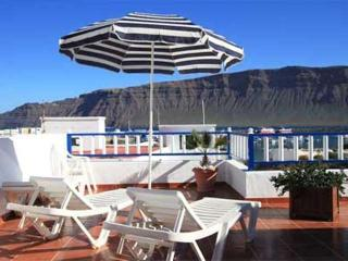 APARTMENT HATTY 5 IN LA GRACIOSA FOR 2 P