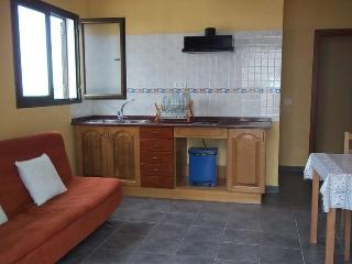APARTMENT LABLAB IN LA GRACIOSA FOR 3 P