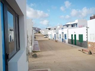 APARTMENT LIBERTIA IN LA GRACIOSA FOR 4 P, Caleta de Sebo