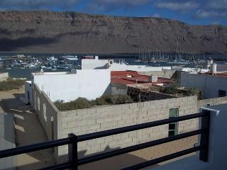 APARTMENT KERRIA IN LA GRACIOSA FOR 4 P