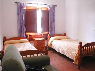 VILLA GALAPATI IN PLAYA HONDA FOR 6 P, Playa Honda