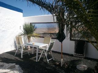 APARTMENT LADEJUL IN FAMARA FOR 2P