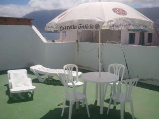 APARTMENT GAREIDA IN FAMARA FOR 3P, Famara