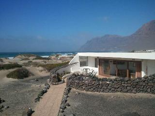 BUNGALOW KORITWO IN FAMARA FOR 6P, Famara