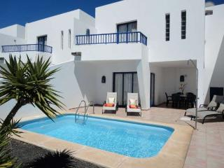 VILLA RUBITU IN PLAYA BLANCA FOR 4P