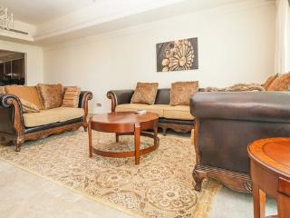1 BD Classic Style Palm Jumeirah, Fairmont Resort, Dubai