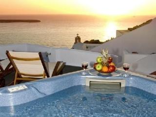 Santorini Holiday Villas - Senior Suite 2025, Oia