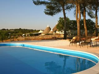 Lamia suite, piscina, Yoga e massaggi en suite, Ostuni