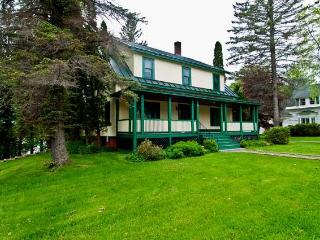 Archie's Russell Manor, Rangeley