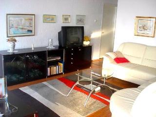 Apartment Miro Malinska with sea view & garage