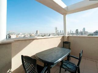 2 Bedroom Duplex /Penthouse in the Heart of TA 26, Tel Aviv