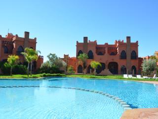 Maison avec jardin et piscine privé, Amelkis