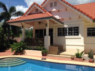 Villas for rent in Hua Hin: V5312