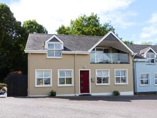 BROOK COTTAGE, detached, upside down accommodation, balcony, views of the bay