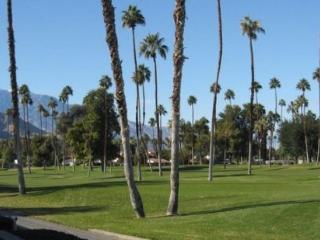 SS26 - RANCHO LAS PALMAS COUNTRY CLUB - 2 BDRM + Den, 3 BA Sleeps 6