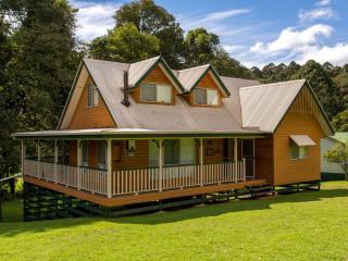 Kookaburra Cottage, Bunya Mountains