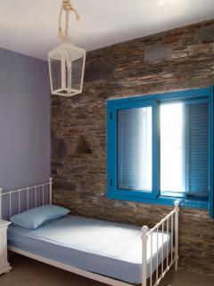 2nd bedroom - 2 beds