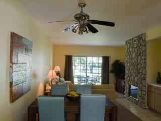 August and September specials,Wonderful 2 bedroom Condo in Palm Desert.