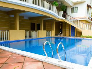 GoaDeeps-Spacious apt near beach-families/couples