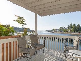 Waterfront Home Seattle Location (Magnolia)