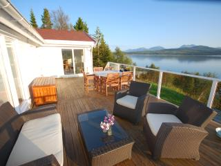 Fantastic holiday house by the sea, Troms