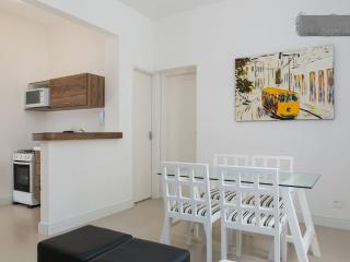 Nice apartment in Ipanema Beach close to Copacaban