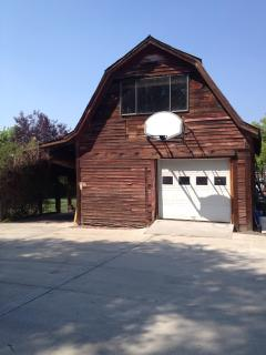 barn and basketball