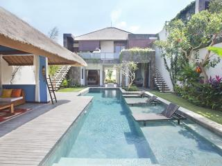 Berawa Breeze, Luxury,Modern 3 bedroom Villa , Can