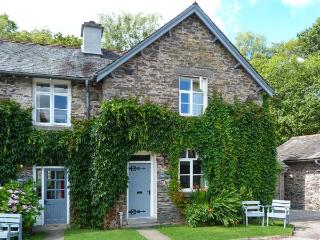 FORGE, quaint cottage with fire and WiFi, pool, fishing, Graythwaite, Ref. 91405