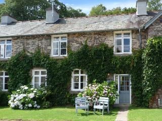 BIBBY LOT, open fire, WiFi, on-site fishing and pool, in Graythwaite, Ref. 914058, Hawkshead