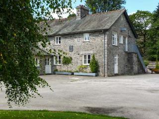 NEWLANDS, woodburner, beautiful location, pet-friendly, first floor apartment in Graythwaite, Ref. 914057, Hawkshead