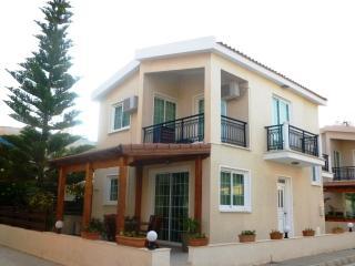 3 Bdrm Beach Villa Inland View Oroklini Larnaca