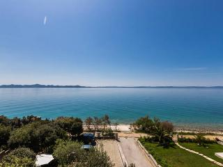 Villa Mirella, Zadar - apartment for 4-6 person