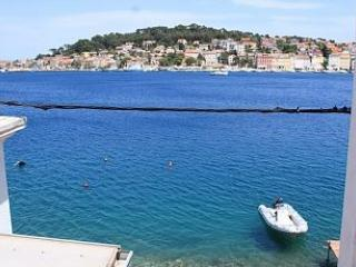 Big apartment with beautiful see view, Mali Losinj