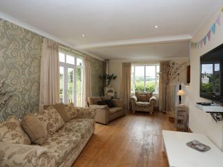 Devon Luxury Holiday Home Sleeps 12 In 6 Bedrooms, Christow