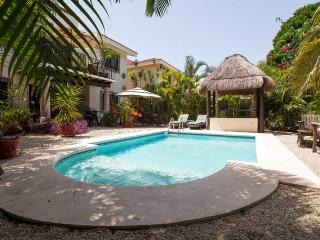 Private Pool house for 4 people. Casa Royal Palms, Playa del Carmen