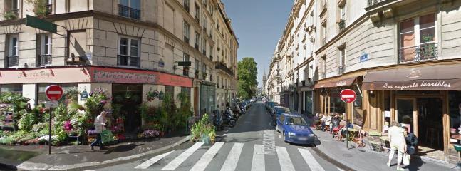 en remontant du métro :l' angle de la rue Saint Ambroise et de la rue Saint MAUR