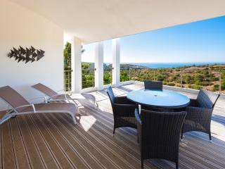 Luxury Villa Burgau - Stunning Sea Views -