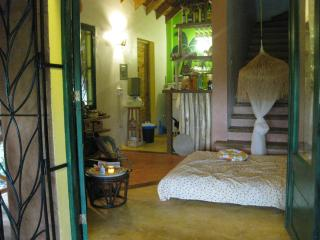 Charming 1 Bedroom Bungalow. Walk to the beach., Las Galeras