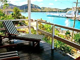 Charming Studio with Ocean Views.. Falmouth Harbour ..Luxurious Location at Great rates..Free Wi fi, Antigua